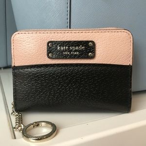 ZIP AROUND WALLET LEATHER BLACK&PINK WLRU5582